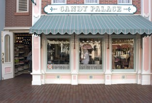 Walt Disney's Main Street USA Candy Place Smellitzers (Smellitizers)