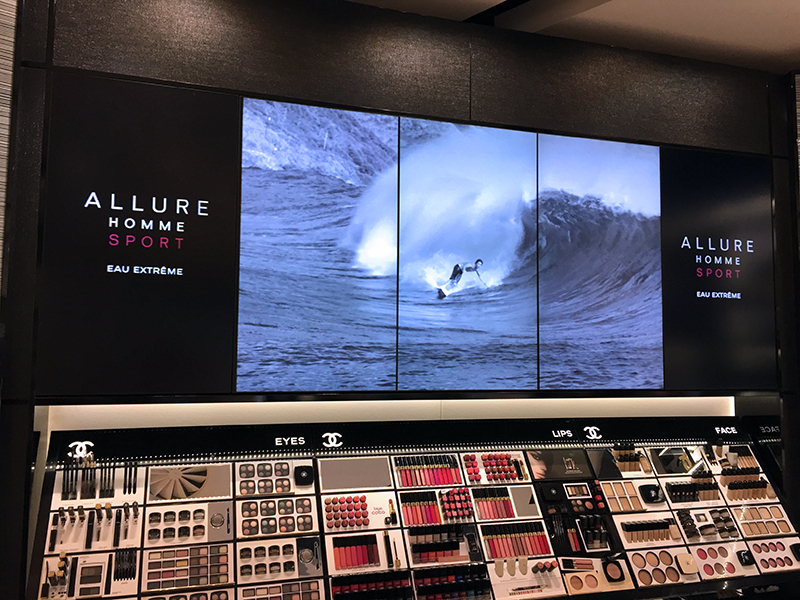 Cosmetic Digital Signage and Aromas